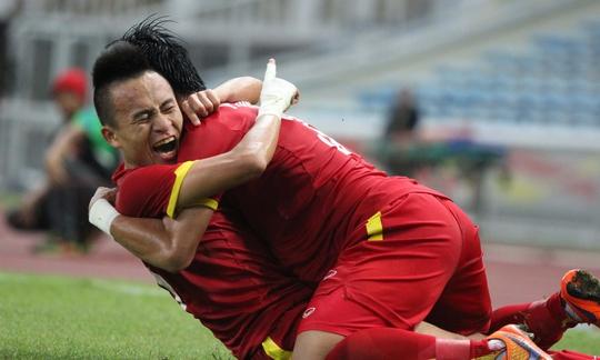 Chấn thương của Huy Toàn khiến Olympic Việt Nam gặp thiệt thòi lớn trước trận đấu khó khăn với Olympic Nhật Bản Ảnh: ĐỨC ANH
