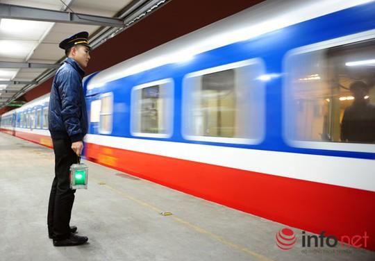 Vào dịp cao điểm, tàu hỏa 5 sao có thể phục vụ 508 hành khách mỗi chuyến.