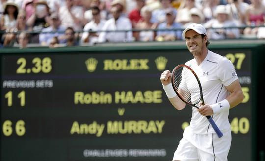 Murray vào vòng 3 sau chiến thắng 6-1, 6-1, 6-4 trước R.Haase trong 87 phút  Ảnh: REUTERS