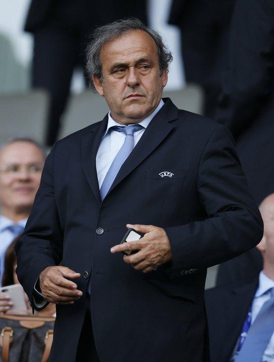 Uy tín của Platini đang dâng cao sau những chỉ trích về cách điều hành thiếu minh bạch của Chủ tịch FIFA S.Blatter Ảnh: REUTERS