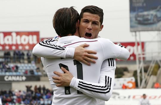 Bale (11) và Ronaldo ghi cả 3 bàn cho Real vào tối 18-1 Ảnh: REUTERS