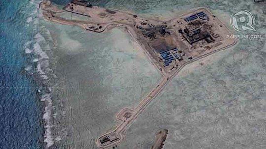 Ảnh chụp Trung Quốc đơn phương cải tạo bãi đá Gaven thuộc quần đảo Trường Sa của Việt Nam hôm 12-12-2014 Ảnh: RAPPLER.COM