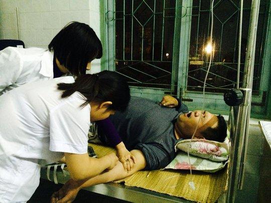 Minh Béo bất ngờ ngất xỉu, phải cấp cứu