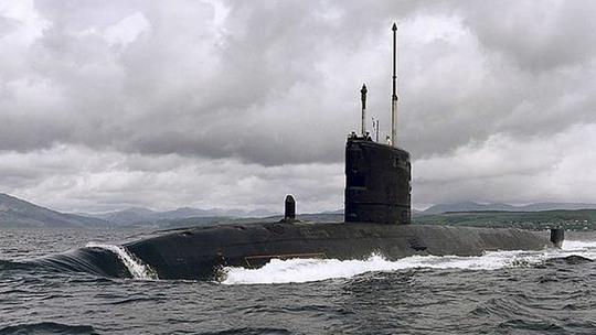 Tàu ngầm hạt nhân HMS Talent bị hư hại do va phải băng trôi. Ảnh: Reuters