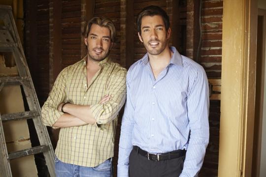 Jonathan Scott (trái) và người anh em Drew được bình chọn là những người đàn ông gợi cảm nhất. Ảnh: VJCL