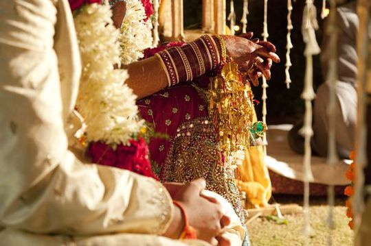Chú rể ngất xỉu ngay trước nghi lễ varmala - trao vòng hoa cho cô dâu. Ảnh minh họa: REX
