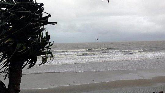 Bão Marcia đang gây gió lớn gần Yeppoon, miền Trung bang Queensland - Úc hôm 19-2. Ảnh: EPA