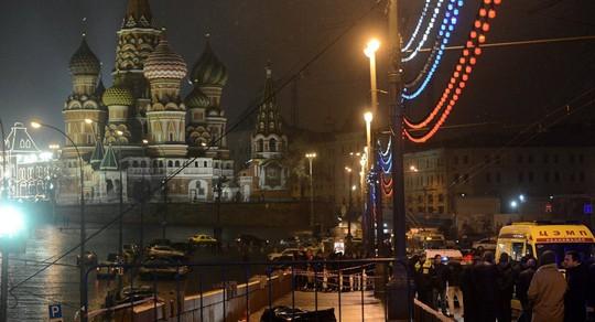 Hiện trường vụ sát hại ông Nemtsov. Ảnh: Sputnik News
