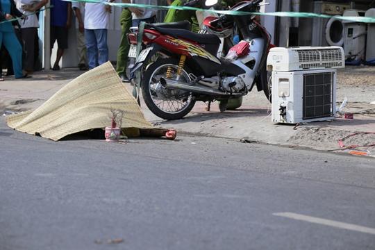 Thi thể nạn nhân tử vong bên bộ thiết bị máy lạnh