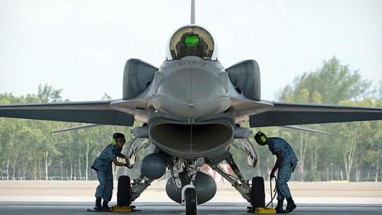 Máy bay chiến đấu F-16. Ảnh: Straits Times