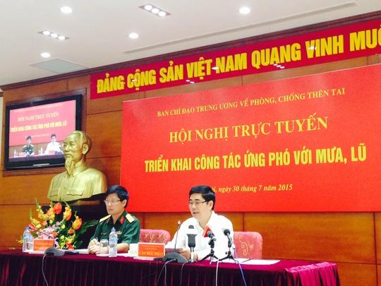 Bộ trưởng Cao Đức Phát yêu cầu Bộ Công Thương cử ngay chuyên gia về Quảng Ninh để xem xét, đánh giá và ứng phó nguy cơ vỡ các bãi thải than ở Cẩm Phả. Ảnh: Văn Duẩn