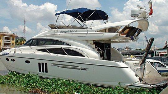 Chiếc du thuyền của một đại gia Sài Gòn trị giá 2 triệu USD - Ảnh: H.K.