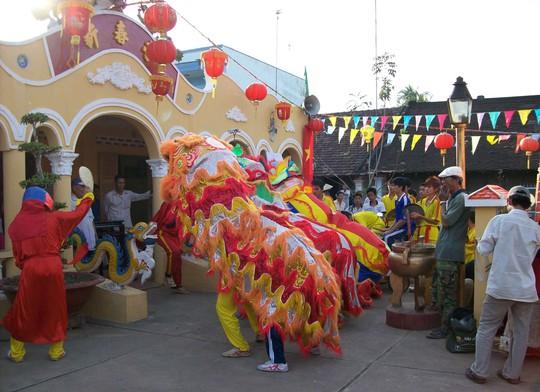 Đình Tân Xuân nơi diễn ra lễ hội