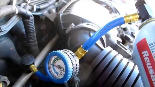 Hệ thống khí gas máy lạnh xe hơi khi bị rò rỉ cũng rất nguy hiểm cho người ngồi trong xe hơi. Ảnh: Xedaily