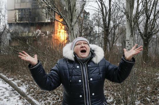Dân thường chịu khổ nhiều nhất trong các cuộc chiến. Ảnh: Reuters