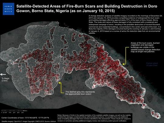 Ảnh chụp khu vực thị trấn Baga từ vệ tinh sau vụ thảm sát cho thấy khu vực này đã bị hỏa lực phá hủy gần như toàn bộ với những đốm đỏ thể hiện cho hoa màu đa phần đã bị chuyển sang màu đen. Ảnh: Digital Globe