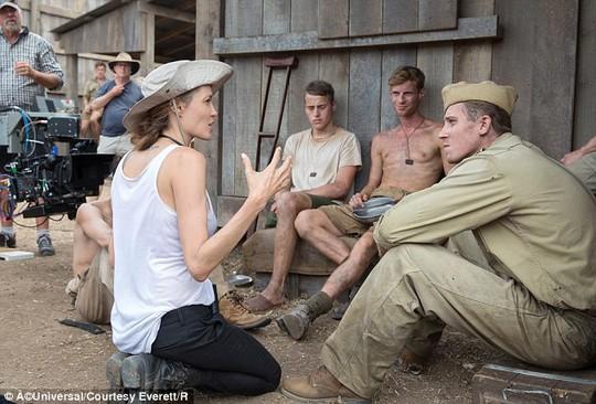Angelina trong thời gian đạo diễn Unbroken