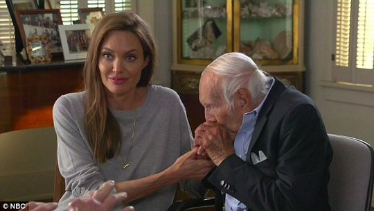 Angelina và ông Louis Zamperini
