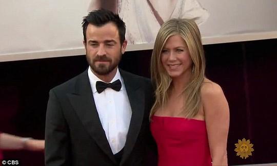 Jennifer Aniston thổ lộ chuyện hậu ly hôn Brad Pitt