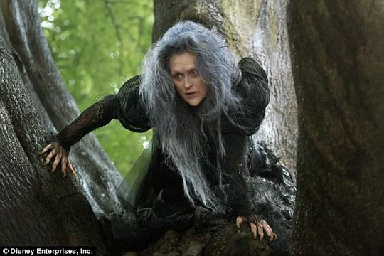 Bà hoá thân thành phù thuỷ phim Into The Woods