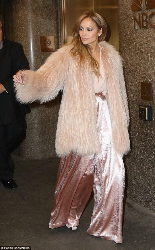 Jennifer Lopez đẹp ngọt ngào