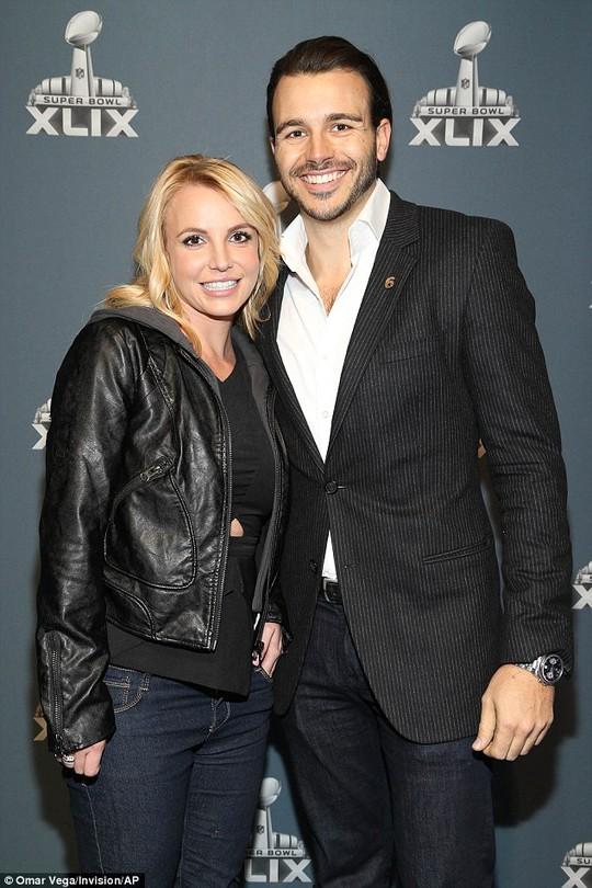 Britney và bạn trai Charlie Ebersol