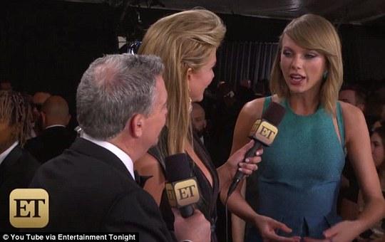 Cô bị trêu đùa rằng sẽ rời lễ trao giải với giải thưởng và rất nhiều đàn ông