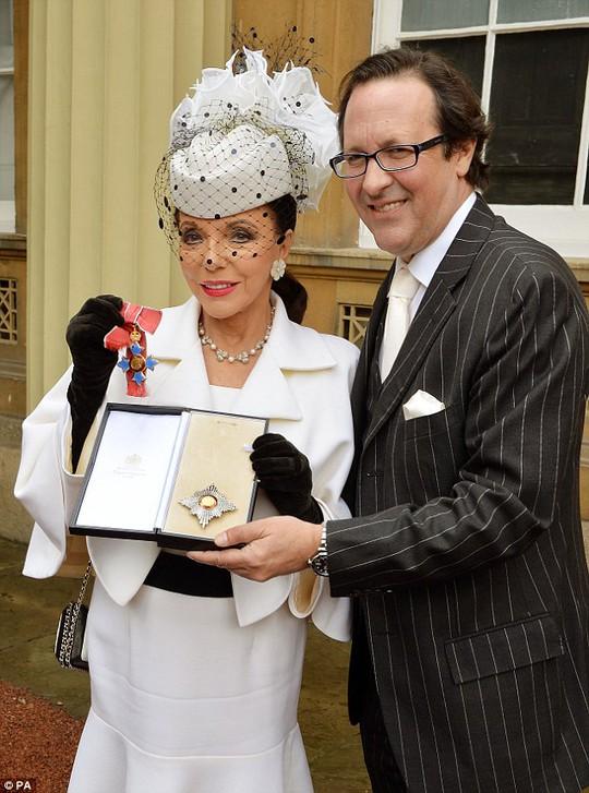 Joan Collins và chồng
