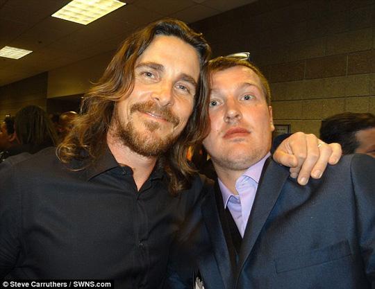 Cùng Christian Bale