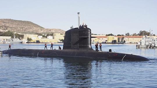 Tàu ngầm KD Tun Razak neo đậu tai căn cứ Kota Kinabalu  Ảnh: Navantia