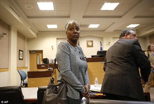 LaVerne Toney, một trong hai người bị cáo buộc