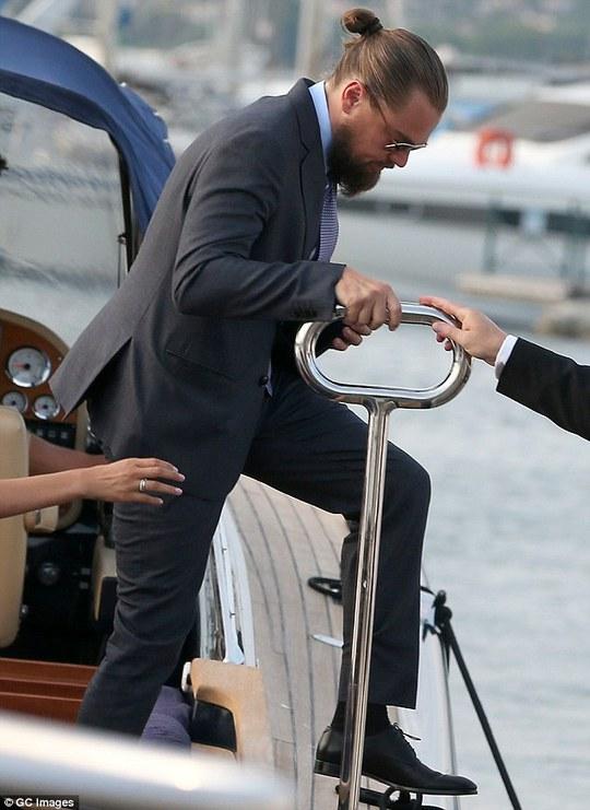 """""""Chân dài"""" hội tụ tại gala Quỹ từ thiện Leonardo DiCaprio"""