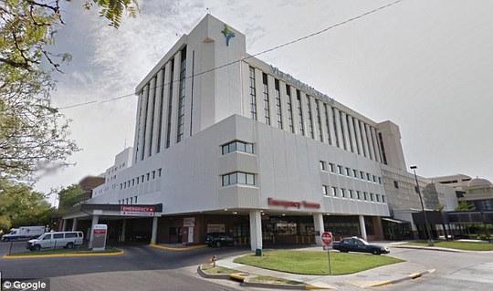 Bệnh viện Via Christi St. Francis, nơi Carlile được đưa đến cấp cứu