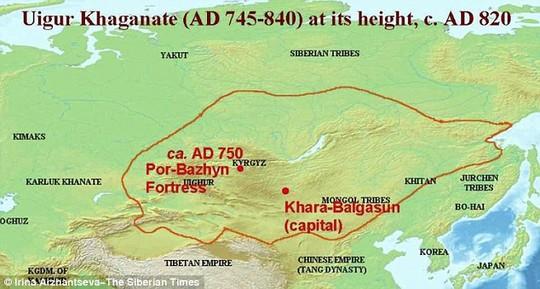 Hòn đảo cách Moscow - Nga khoảng 3.800 km, giáp biên giới Mông Cổ. Ảnh: The Siberian Times