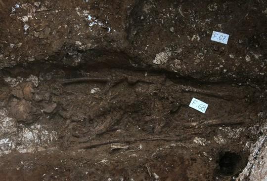 Một trong ba bộ xương người vừa được phát hiện