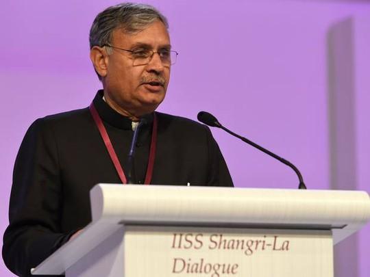 ộ trưởng Quốc phòng Ấn Độ Rao Inderjit Singh tại Đối thoại Shangri-La 2015. Ảnh: Independent