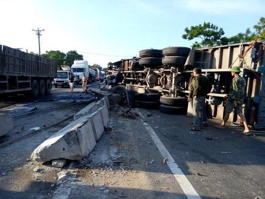 Hiện trường vụ tai nạn xảy ra vào chiều ngày 4-6 tại Thanh Hóa