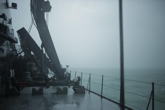 Thời tiết tại khu vực tìm kiếm tiếp tục không tốt trong ngày 3-1. Ảnh: CNA