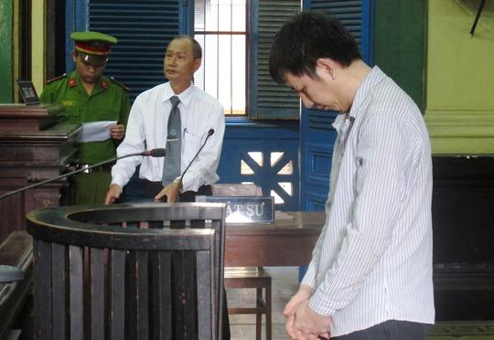 Bị cáo Trương Văn Huệ cúi đầu nhận tội