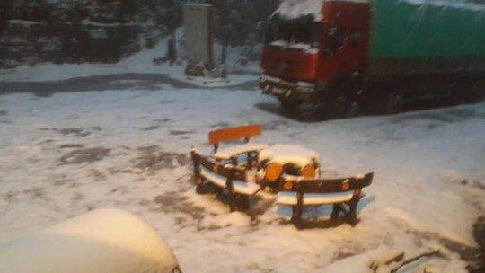 Đến sáng 10/1, lượng tuyết đã dâng lên khá dày tại Trạm Tôn. Ảnh: Dương Lợi