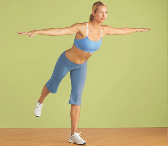 4 động tác giúp vòng bụng săn chắc
