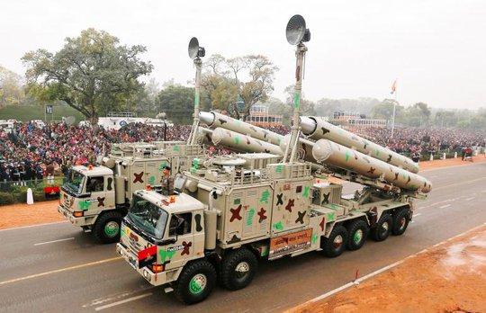 Một số hình ảnh duyệt binh trong Ngày Cộng hòa Ấn Độ. Ảnh: Reuters