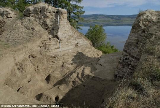 Những năm 1950 và 1960, các nhà khảo cổ học khai quật tàn tích này nhưng không phát hiện được mục đích sử dụng. Ảnh: The Siberian Times