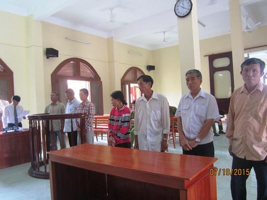 Phiên tòa phúc thẩm vụ công an xã nhận hối lộ để nhập khống hộ khẩu cho Việt kiều
