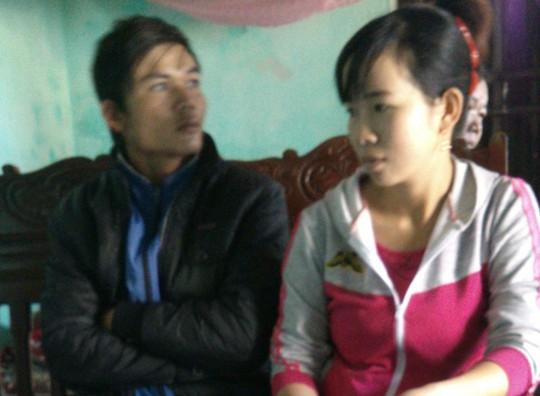 Anh Nguyễn Bá Thanh và vợ tại Thanh Hóa Ảnh: TUẤN MINH