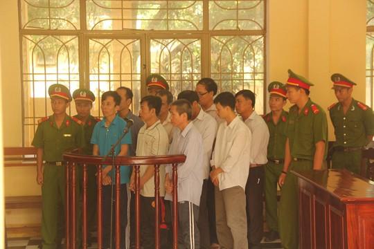 Các bị cáo trong ngày đầu xét xử