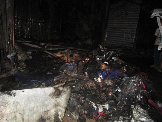 Hiện trường vụ hỏa hoạn tại chợ Phong Nha