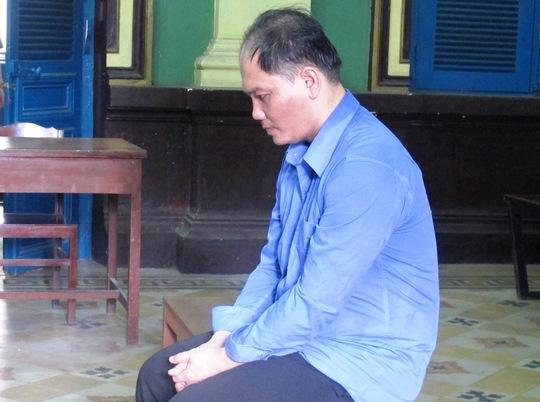 Bị cáo Nguyễn Hồng Vinh tại tòa