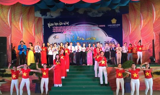 Một tiết mục tại liên hoan văn nghệ Saigontourist Ảnh: THANH NGA