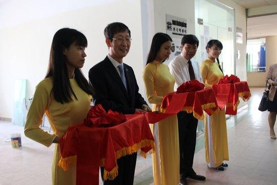 Lễ khởi công xây dựng phòng tư liệu và phòng Lab chuyên dụng học tiếng Hàn